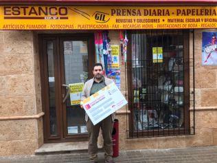 Estanco Gil. Adhesión de empresas al descuento a jóvenes con carné joven europeo. Diciembre de 2017.